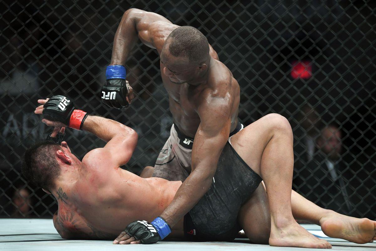 Rafael dos Anjos é derrotado por Usman
