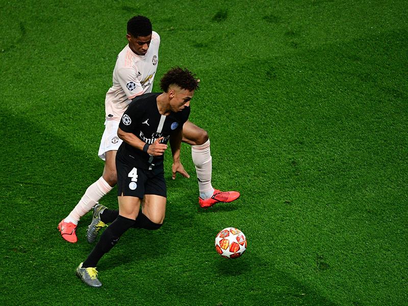 Em noite do VAR, Manchester United e Porto garantem classificação na Champions